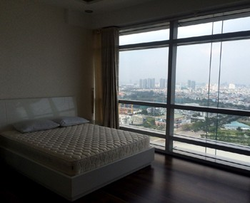 Apartment for rent Petroland building