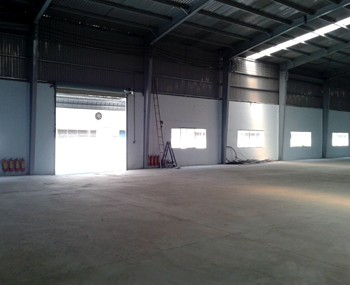 Warehouses for lease district 12
